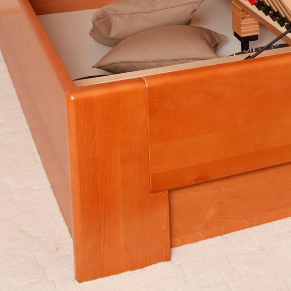 Postel Deluxe - detail vnitřku úložného prostoru, masiv buk průběžný LAK č.20 třešeň
