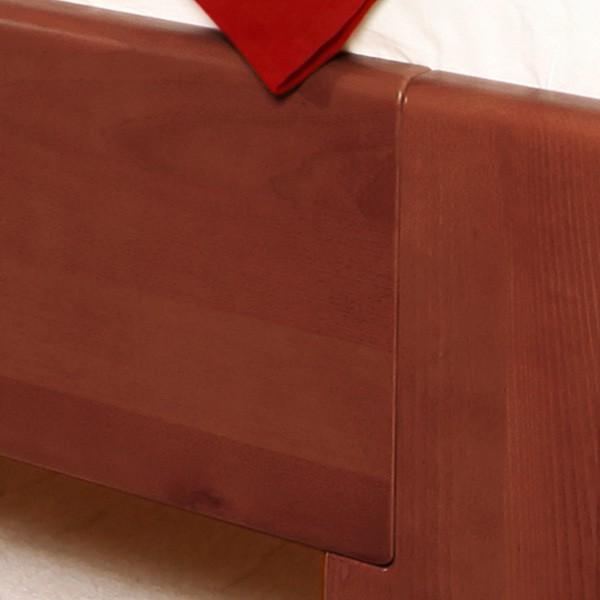Zvýšená postel Deluxe 4 - detail předního čela, masiv buk průběžný lak č. 30 tabák