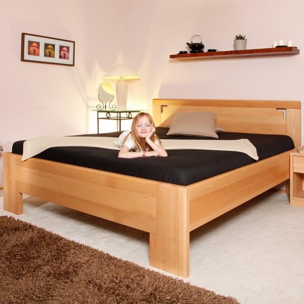 Deluxe 2 - zvýšená masivní buková postel, buk průběžný olej č.1 přírodní