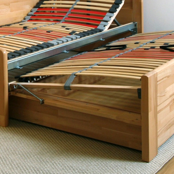 Rozkládací postel Tina Tandem Ortho s vyměnitelnými polohovacími lamelovými rošty, BMB