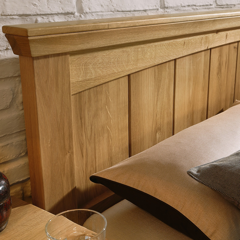 Postel PIANO - dub divoký přírodní lak, Jitona