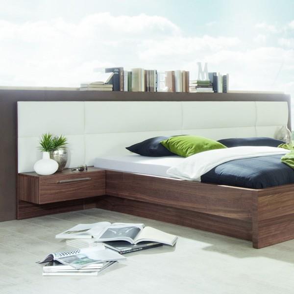 Noční stolek s panelem - dýha a koženka, ukázka s postelí Amelia, Jitona