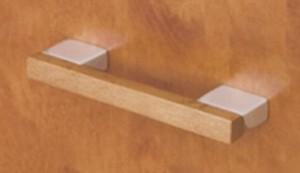 úchytka dřevo / kov