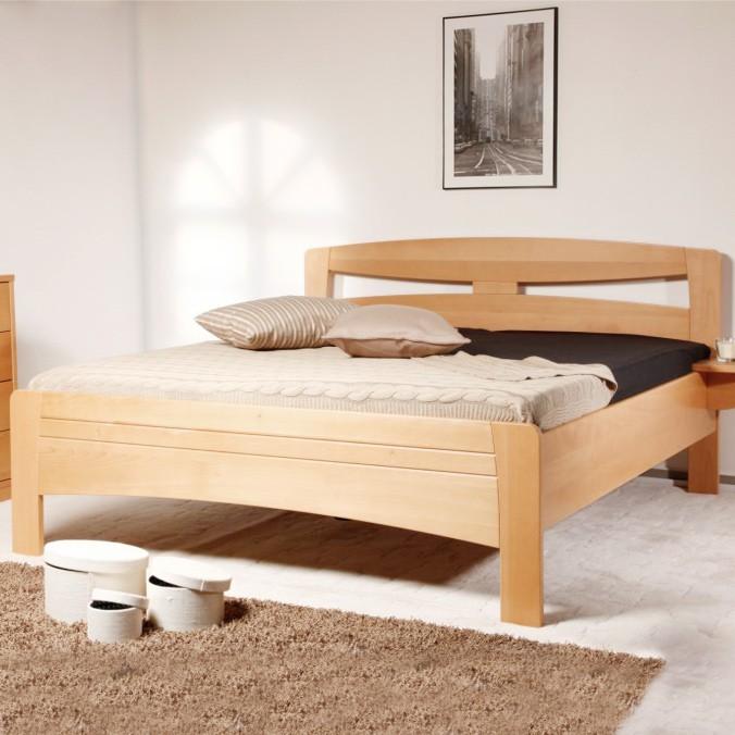 Postel EVITA 2 - zvýšená postel, průběžný buk masiv v provedení LAK č.10 přírodní