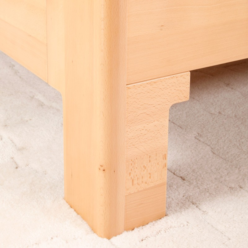 Detail přední rovné nohy - možnost výběru tvaru