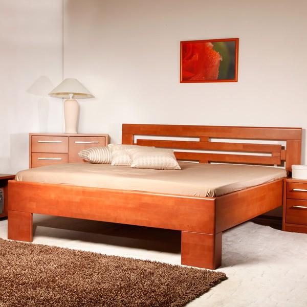 Varezza 2 - zvýšená masivní buková postel, buk průběžný LAK č.20 třešeň