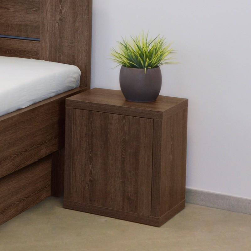 Noční stolek NS4 dvířka - dub hnědý, Ahorn