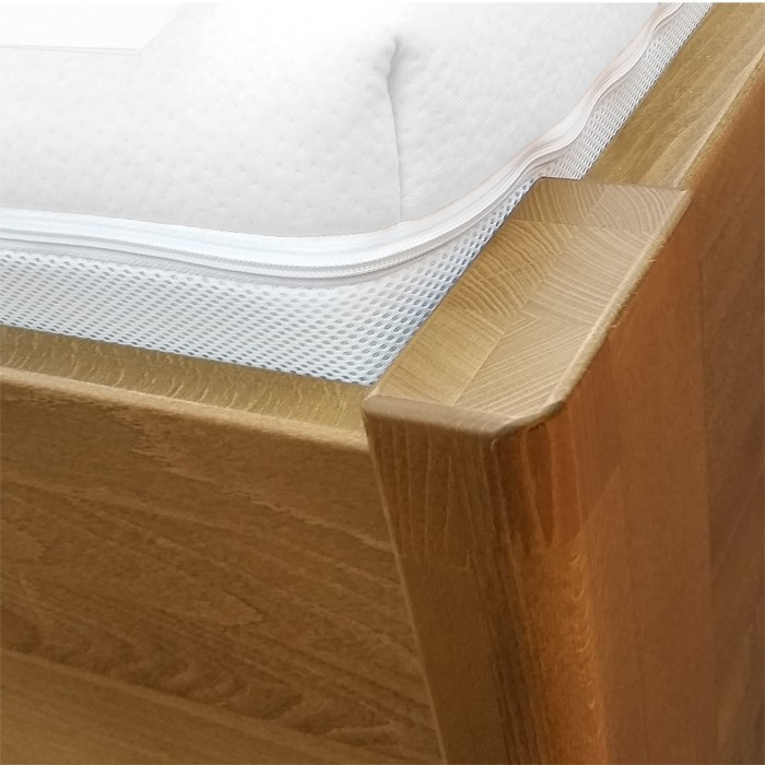 Detail přední nohy, postel Ema
