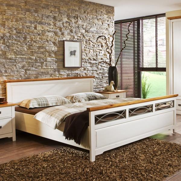 Postel COUNRTY INN - masiv borovice kombinace bílá / bernstein, Jitona